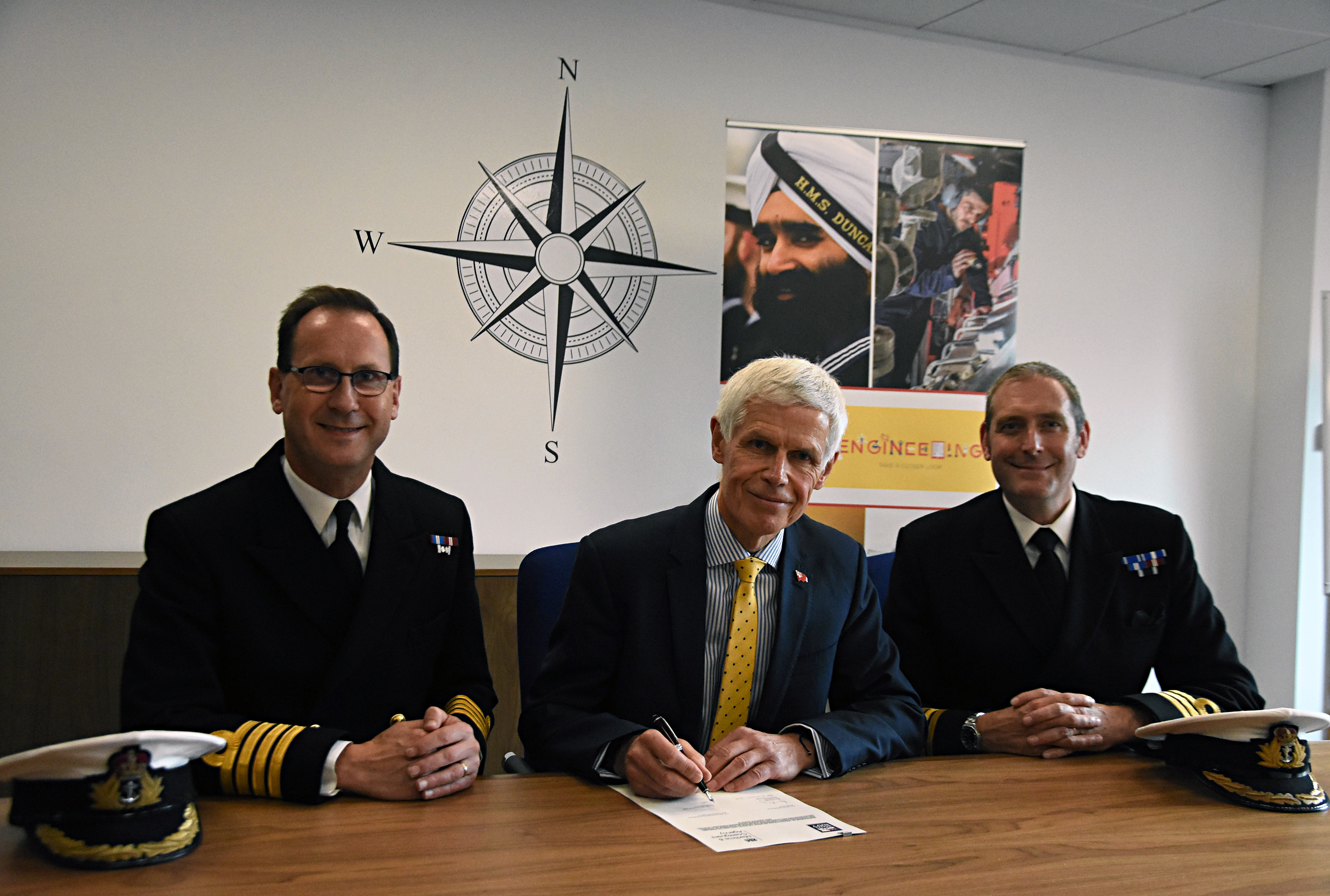 UK Ship Register and Royal Navy sign MOU to retrain seafarers to gain employment in the wider UK maritime sector